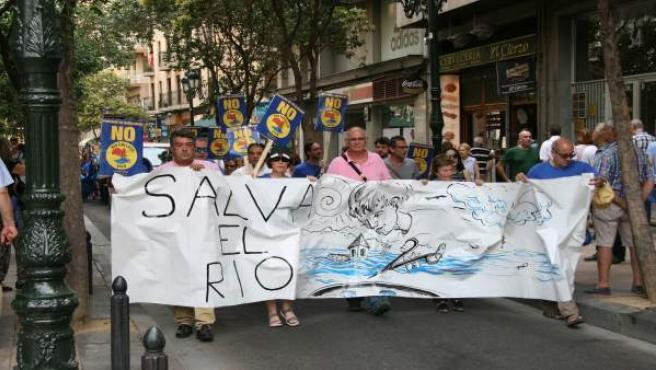 Manifestación contra el pantano de Biscarrués.