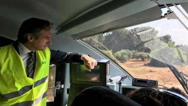 El ministro en una visita reciente a un tramo en la Comunitat