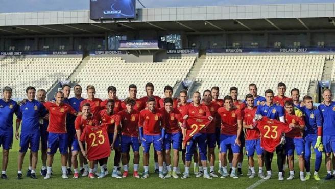 España sub-21, homenajeando a Yeray.