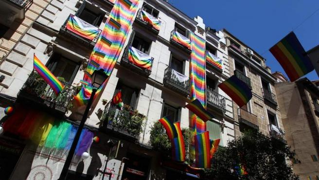 Balcones de Madrid engalanados por el World Pride 2017.