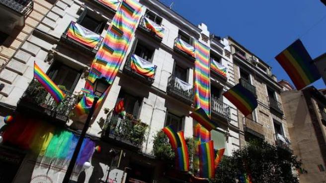 Balcones de Madrid engalanados por el World Pride 2017.