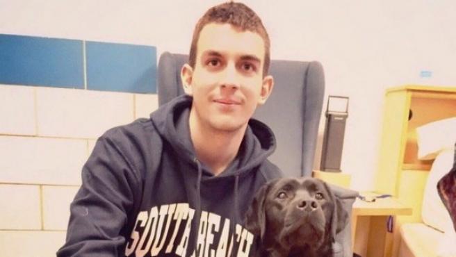 Gerard Descarrega, con su perro guía.