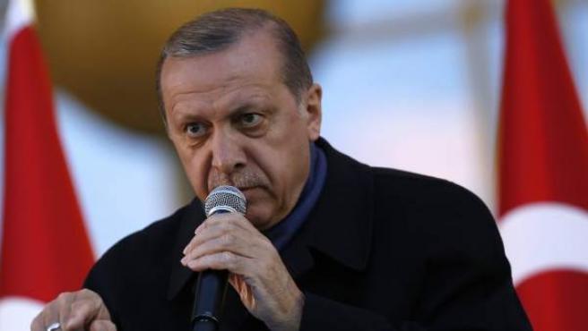 El presidente turco, Recep Tayyip Erdogan, interviene durante una concentración en Ankara.