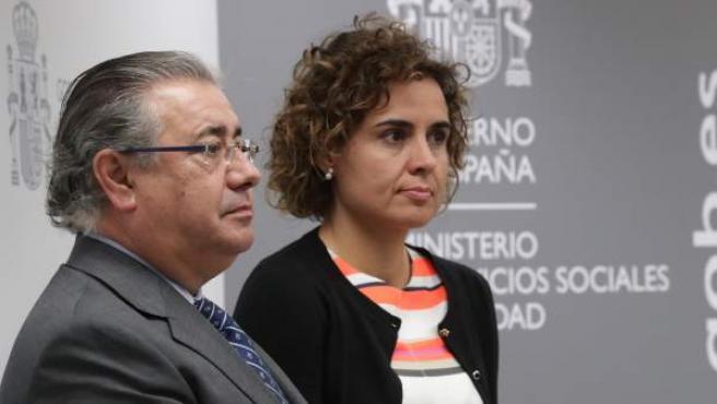 Los ministros de Interior y Sanidad, Juan Ignacio Zoido y Dolors Montserrat.