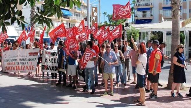 UGT se manifiesta en los hoteles Allsun