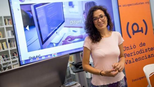 Lorena Escandell, periodista guanyadora de la III Beca Emili Gisbert de la Unió de Periodistes Valencians.