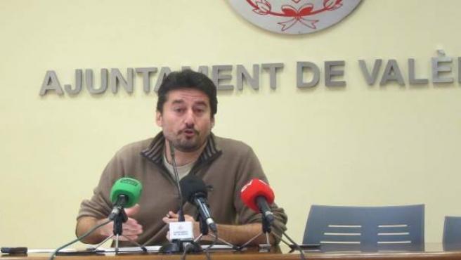 El regidor de Participació, Jordi Peris, en la roda de premsa