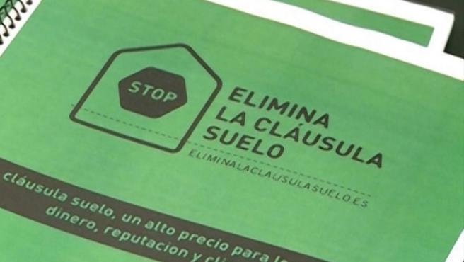 Folletos con información sobre las cláusulas suelo.