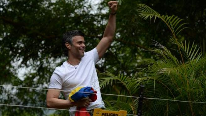 Leopoldo López tras su excarcelación bajo arresto domiciliario, en una imagen de archivo.