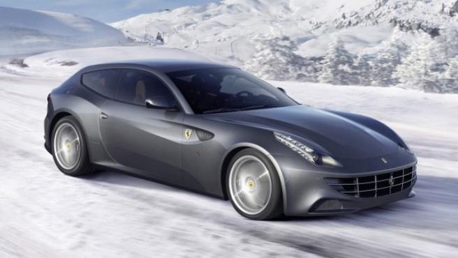 Los Ferrari FF son los primeros modelos de la marca italiana que utilizaron el sistema de tracción total.