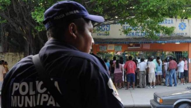 Un policía municipal en México, en una imagen de archivo.
