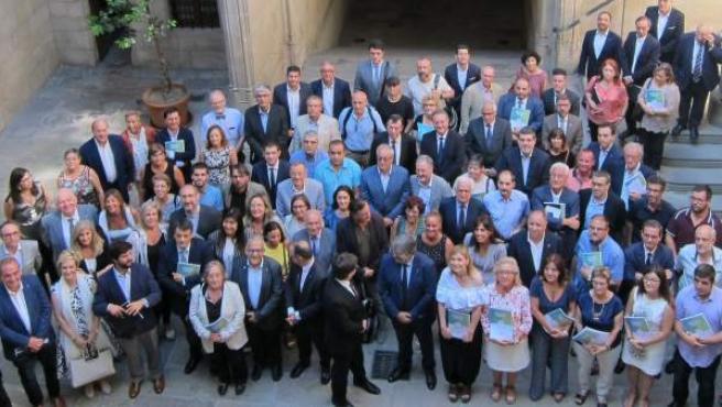 Firma del Pacto de la Reforma Horaria, con Carles Puigdemont