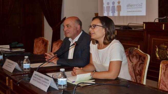 Antonio Ruiz y Ana Guijarro durante la reunión