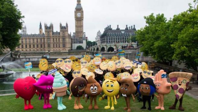 Reunión de emojis en Londres con motivo de 'Emoji. la película'.
