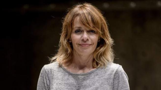 La actriz María Adánez durante el pase gráfico de la obra de teatro 'El pequeño poni' en Madrid.