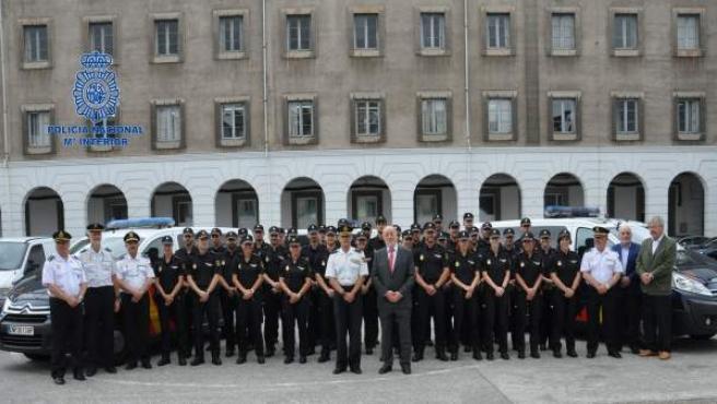 La Policía Nacional Recibe A 36 Alumnos Policías Que