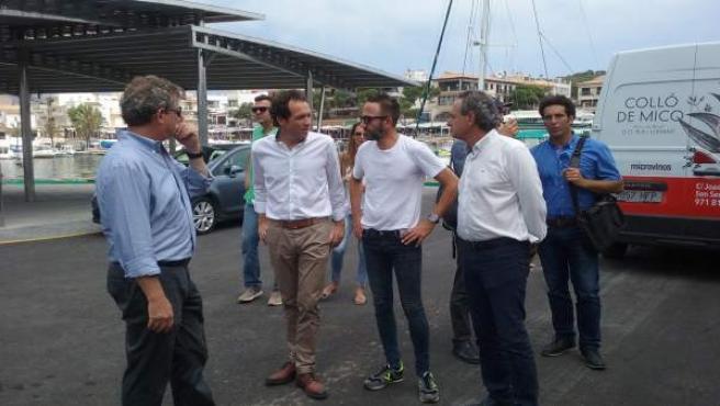 Pons visita el dique