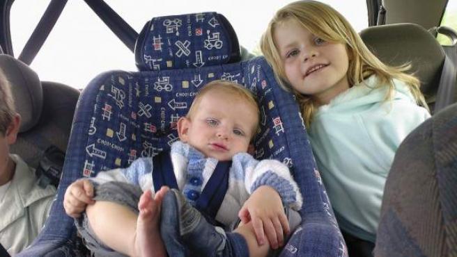 Un estudio del RACE concluye que los bebés distraen al 79% de los conductores mientras que los niños menores de 14 años, al 68%.