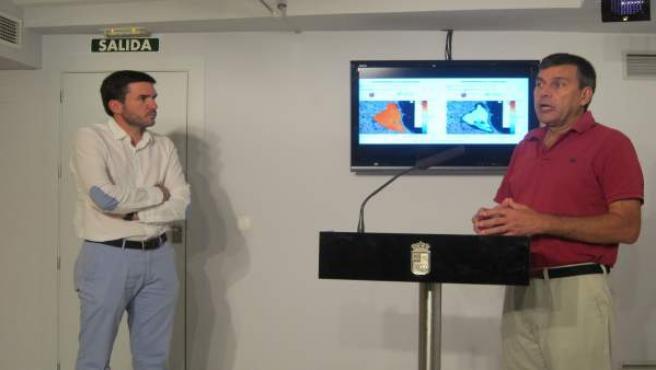 Luengo y Gilabert, presentando el Servidor de Datos del Mar Menor