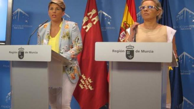 Noelia Arroyo en rueda de prensa tras Consejo junto a Martínez-Cachá