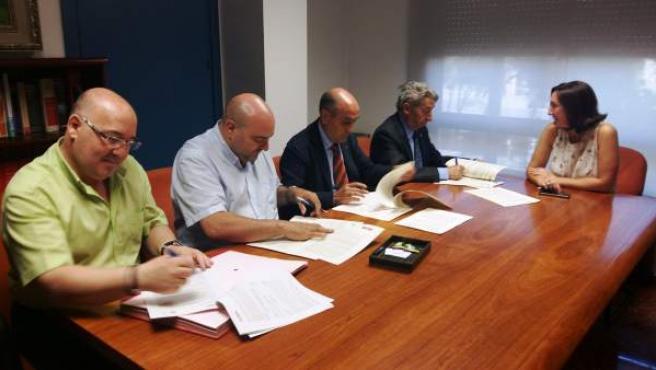 Firman de convenios sobre prevención de riesgos laborales
