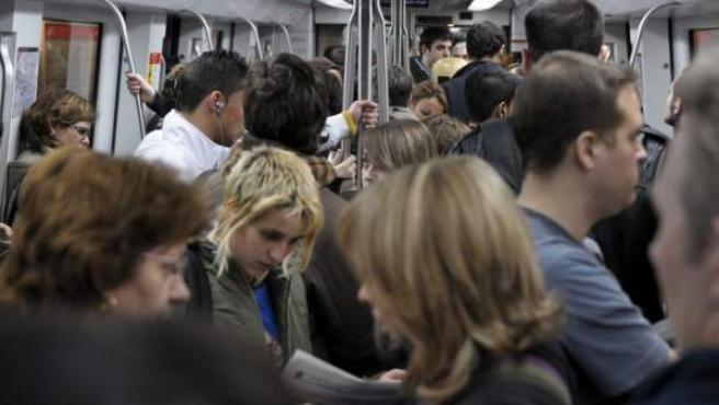 Un vagón del metro de Barcelona.