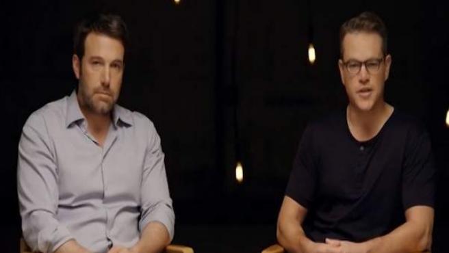 Los actores estadounidenses Ben Affleck y Matt Damon, durante una entrevista por la promoción de una película.