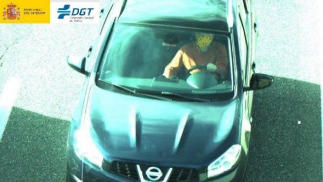 Un conductor interceptado por la DGT sin llevar el cinturón de seguridad.