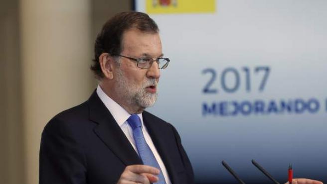 El presidente del Gobierno, Mariano Rajoy, durante su comparecencia este viernes en la Moncloa para hacer balance del curso político.