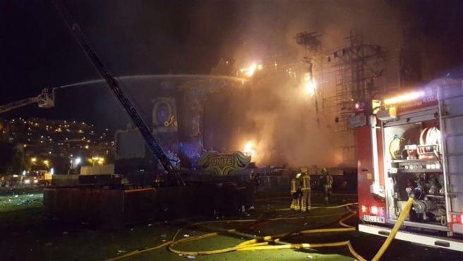 Imagen del incendio producido en el festival Tomorrowland.