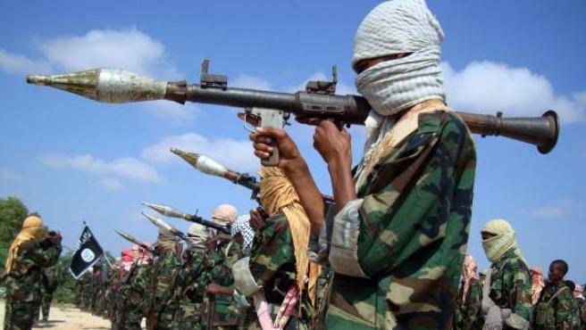 Milicianos del grupo radical islámico Al Shabab.