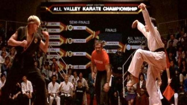 Ralph Macchio y William Zabka, en la primera entrega de Karate Kid.