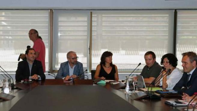 Una imagen de la reunión entre el comité de empresa de Eulen y la dirección.