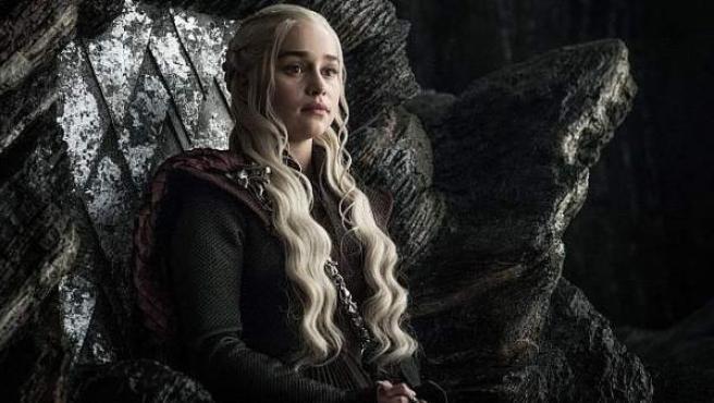 Emilia Clarke es Daenerys en 'Juego de Tronos'.