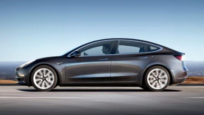 De momento el Model 3 solo se vende en Estados Unidos por un precio básico de 29.600 euros.