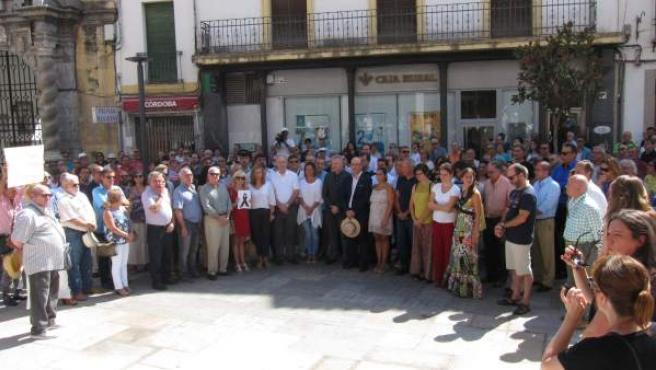 Concentración en las puertas del Ayuntamiento por los atentados de Barcelona