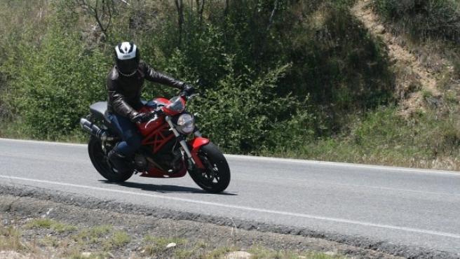 Hoy en día existe una gran variedad de equipamiento para que los motoristas no tengan que renunciar a la moto en verano.
