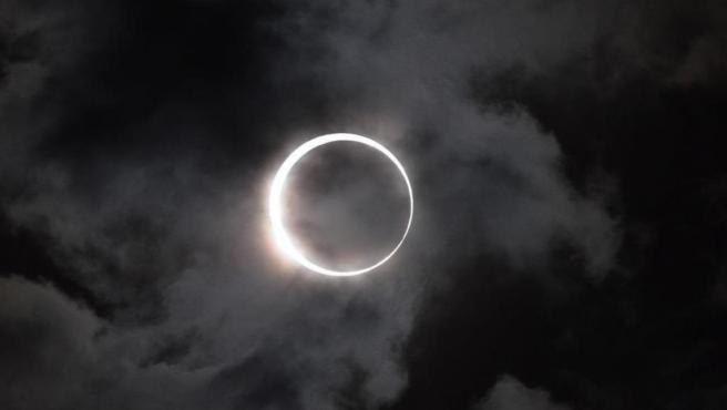 Imagen de un eclipse solar.