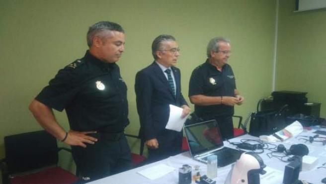 Material intervenido a los detenidos en Burgos.