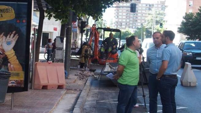 Iglesias visita paradas autobuses en obras