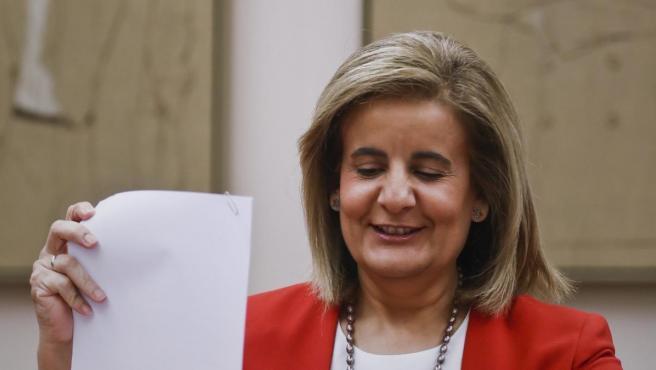Fátima Báñez, durante su comparecencia en el Congreso para explicar la prórroga del Plan Prepara.