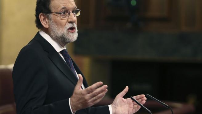 El presidente del Gobierno, Mariano Rajoy, durante su comparecencia en el pleno extraordinario del Congreso de los Diputados para dar explicaciones de su declaración ante el tribunal del juicio del caso Gürtel.