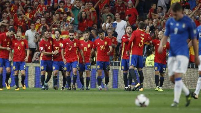 Así celebró España uno de los goles de Isco ante Italia.