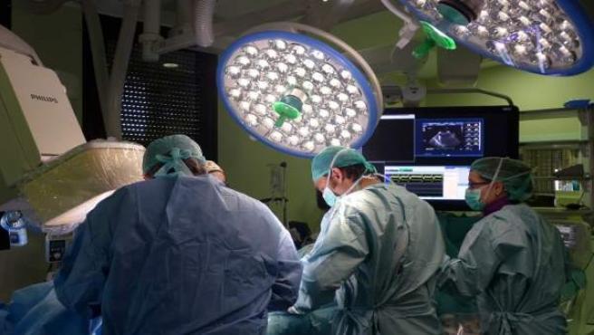 Quirófano pionero del Vall d'Hebron para tratar cardiopatías complejas