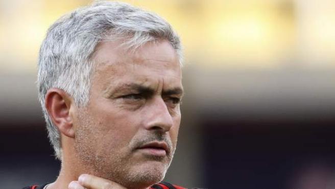 José Mourinho, en un entrenamiento del Manchester United.