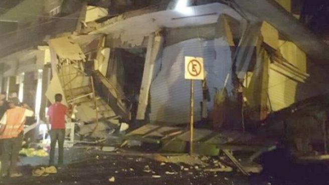 Hotel derrumbado en la localidad de Matías Romero, en Oaxaca (México), tras el terremoto de magnitud 8,2 que ha sacudido el suroeste del país.