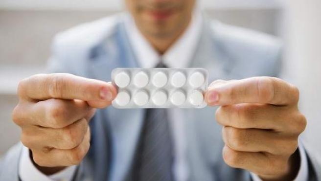 La mitad de los pacientes con migraña se automedica.