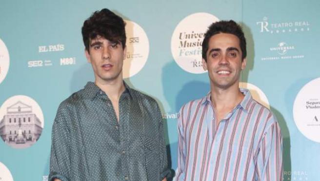 Javier Calvo y Javier Ambrossi durante el Universal Music Festival.