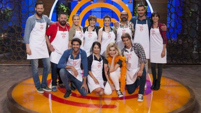 Los concursantes de la segunda edición MasterChef Celebrity. Caras conocidas como la d Bibiana Fernández, Carlos Baute, Silvia Abril o José Corbacho, entre otros.