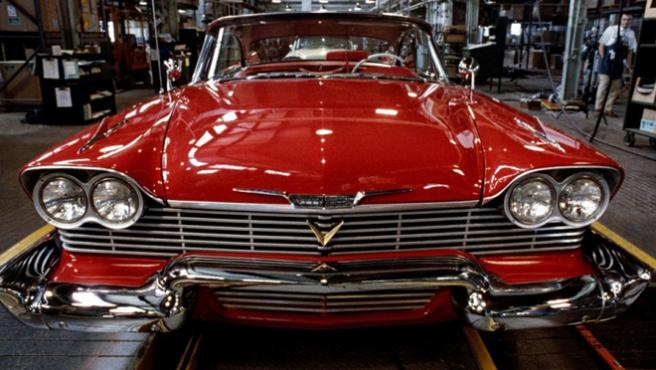 'Christine' resucita ¡En un vídeo musical dirigido por John Carpenter!